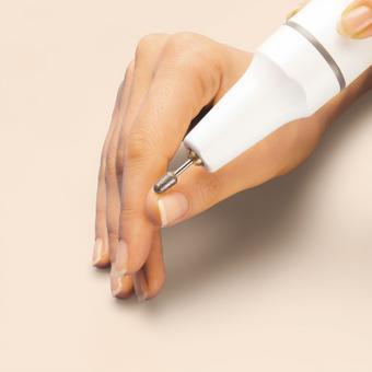 Handliches Maniküre/Pediküregerät